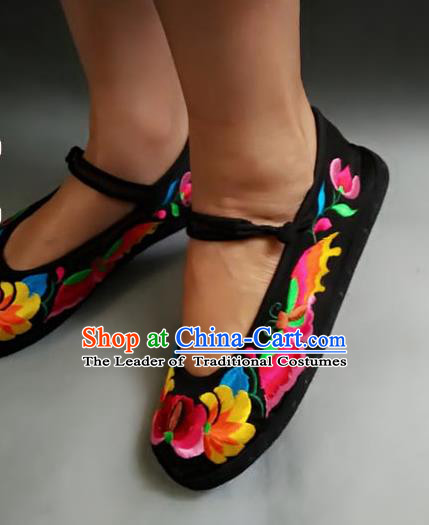 Traditional Chinese National Black Cloth Shoes Embroidered Shoes, China Handmade Shoes Hanfu Embroidery Flower Shoes for Women