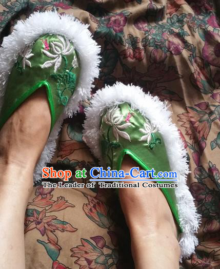 Traditional Chinese National Embroidered Shoes Handmade Green Satin Slippers, China Hanfu Embroidery Lotus Flower Shoes for Women
