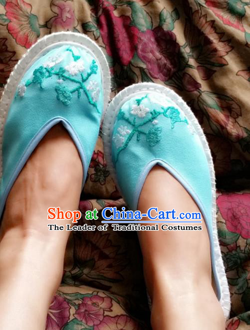 Traditional Chinese National Embroidered Shoes Handmade Bride Blue Satin Slippers, China Hanfu Embroidery Peach Blossom Wedding Shoes for Women