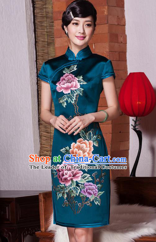 Traditional Chinese National Costume Green Mulberry Silk Embroidery Qipao, Top Grade Tang Suit Stand Collar Cheongsam Dress for Women