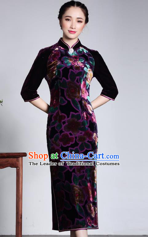 Traditional Ancient Chinese Young Lady Purple Velvet Two-piece Cheongsam, Republic of China Stand Collar Qipao Tang Suit Dress for Women