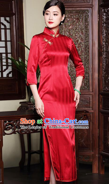 Asian Republic of China Young Lady Retro Plated Buttons Red Silk Cheongsam, Traditional Chinese Wedding Qipao Tang Suit Dress for Women