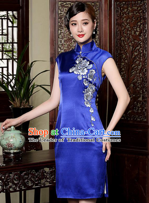 Asian Republic of China Young Lady Retro Plated Buttons Embroidered Cheongsam, Traditional Chinese Blue Silk Qipao Tang Suit Dress for Women