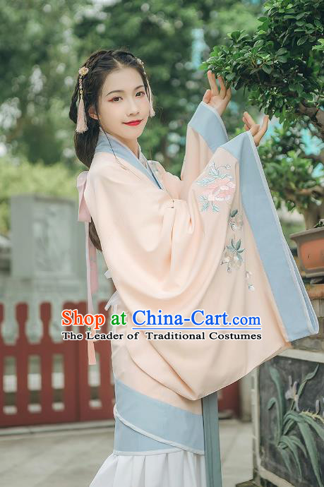 Asian China Han Dynasty Palace Lady Costume Yellow Curve Bottom, Traditional Ancient Chinese Princess Elegant Embroidered Hanfu Clothing for Women