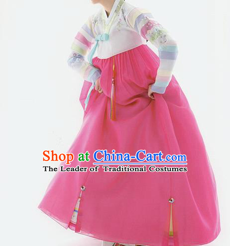 Traditional Korean Handmade Formal Occasions Costume Embroidered Pink Dress Bride Hanbok Clothing for Women