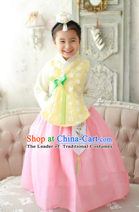 Asian Korean Traditional Handmade Formal Occasions Costume Palace Princess Embroidered Yellow Lace Blouse and Pink Dress Hanbok Clothing for Girls