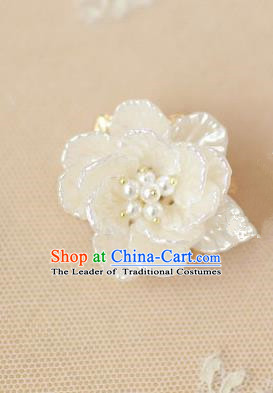 Traditional Korean Accessories White Shell Flower Brooch for Women