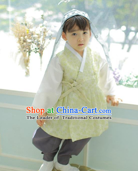 Asian Korean National Handmade Formal Occasions Embroidered Palace Prince Yellow Hanbok Costume Complete Set for Boys