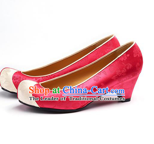 Traditional Korean National Wedding Embroidered Watermelon Red Shoes, Asian Korean Hanbok Bride Embroidery Satin Shoes for Women
