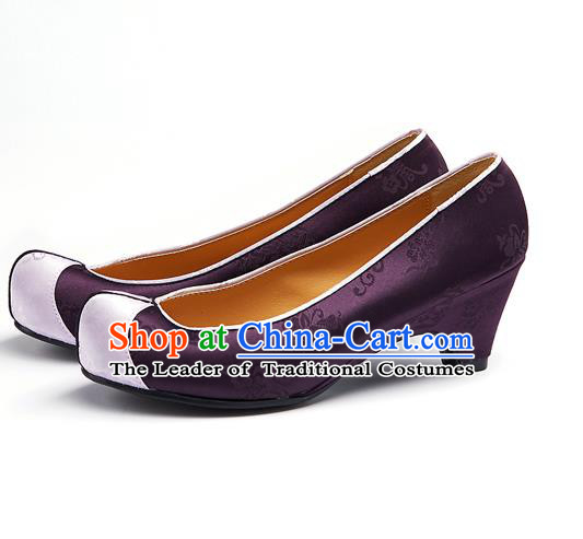 Traditional Korean National Wedding Embroidered Deep Purple Shoes, Asian Korean Hanbok Bride Embroidery Satin Shoes for Women