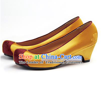 Traditional Korean National Wedding Golden Embroidered Shoes, Asian Korean Hanbok Bride Embroidery Satin High-heeled Shoes for Women