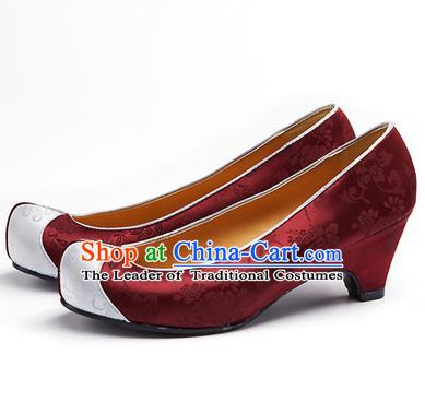 Traditional Korean National Wedding Embroidered Shoes, Asian Korean Hanbok Bride Embroidery Purplish Red Satin High-heeled Shoes for Women