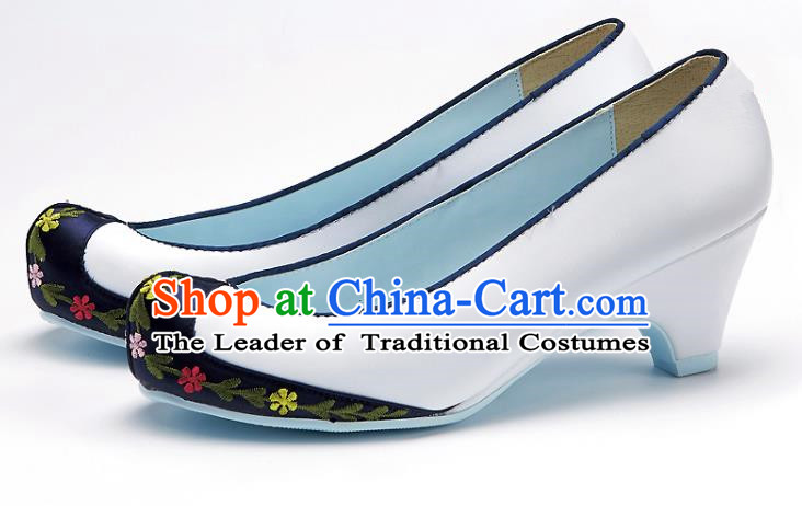 Traditional Korean National Wedding Blue Head Embroidered Shoes, Asian Korean Hanbok Bride Embroidery Satin High-heeled Shoes for Women