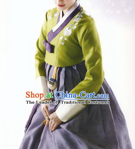 Asian Korean National Handmade Formal Occasions Wedding Bride Clothing Green Embroidered Blouse and Grey Dress Palace Hanbok Costume for Women