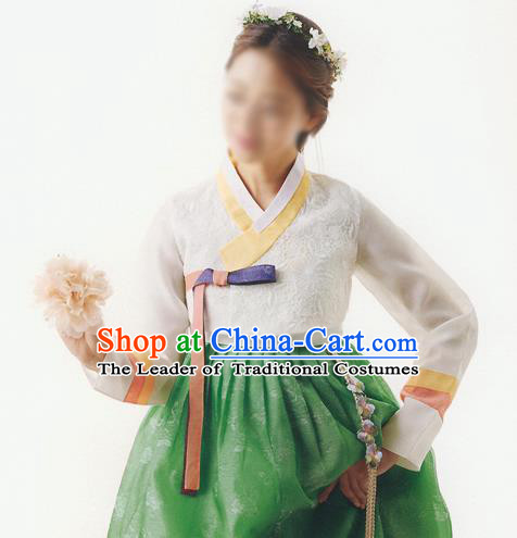 Korean National Handmade Formal Occasions Wedding Bride Clothing Hanbok Costume Embroidered White Blouse and Green Dress for Women