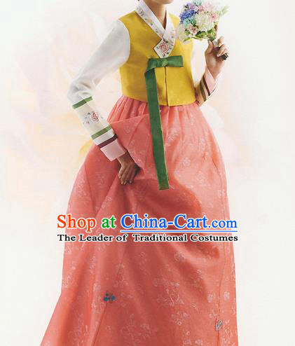Korean National Handmade Formal Occasions Wedding Bride Clothing Hanbok Costume Embroidered Yellow Blouse and Orange Dress for Women