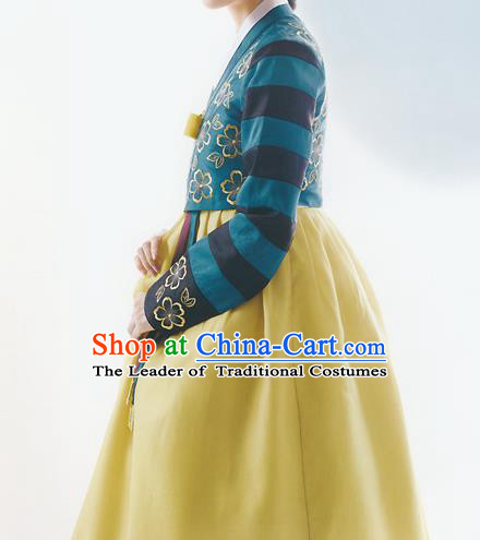 Korean National Handmade Formal Occasions Wedding Bride Clothing Embroidered Green Blouse and Yellow Dress Palace Hanbok Costume for Women