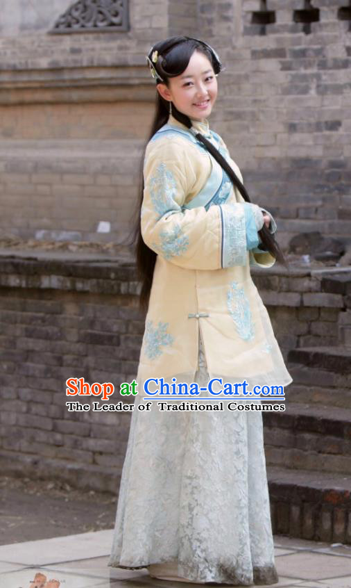 Traditional Chinese Qing Dynasty Nobility Young Lady Xiuhe Suit, China Ancient Manchu Lady Embroidered Dress Costume for Women