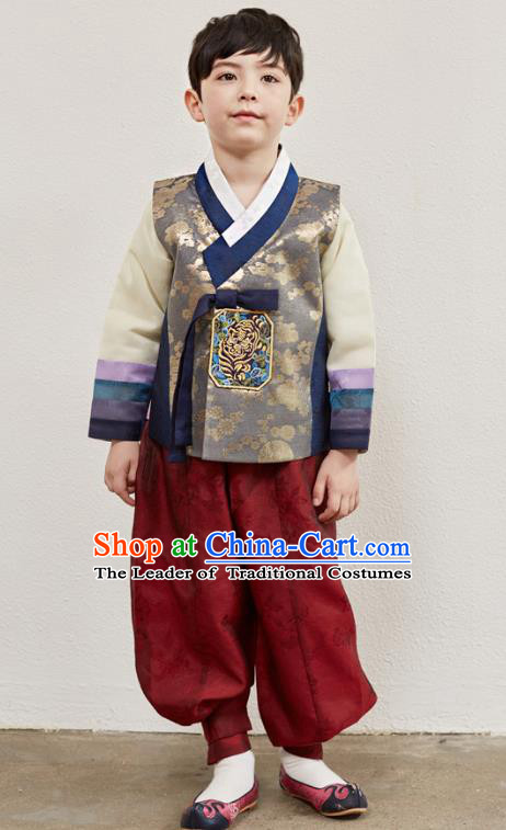 Asian Korean National Traditional Handmade Formal Occasions Boys Embroidery Golden Vest Hanbok Costume Complete Set for Kids