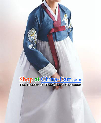 Top Grade Korean National Handmade Wedding Palace Bride Hanbok Costume Embroidered Navy Blouse and Grey Dress for Women