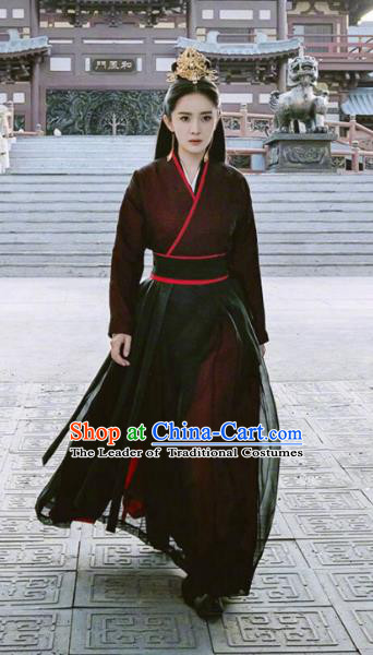 Traditional Chinese Ancient Swordswoman Chivalrous Women Embroidered Clothing and Handmade Headpiece Complete Set
