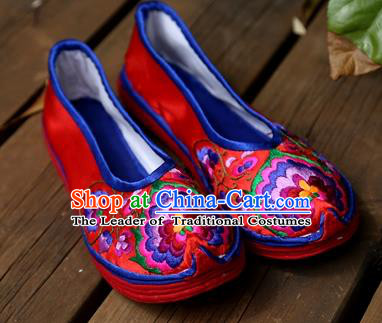 Asian Chinese Traditional Shoes Bride Red Embroidered Shoes, China Peking Opera Handmade Embroidery Peony Shoe Hanfu Princess Shoes for Women
