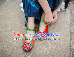 Asian Chinese Traditional Shoes Red Bride Embroidered Shoes, China Peking Opera Handmade Embroidery Shoe Hanfu Princess Shoes for Women