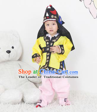 Traditional Korean Handmade Hanbok Embroidered Yellow Costume and Hats, Asian Korean Apparel Hanbok Embroidery Clothing for Boys