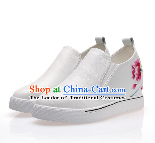 Asian Chinese Traditional Shoes White Embroidered Boots, China Handmade Embroidery Peony Shoes for Women