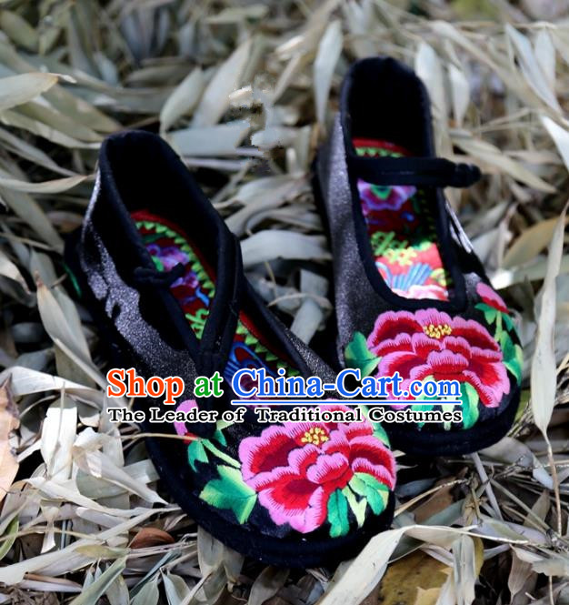 Traditional Chinese Ancient Princess Shoes Black Cloth Embroidered Shoes, China Handmade Embroidery Peony Hanfu Shoes for Women