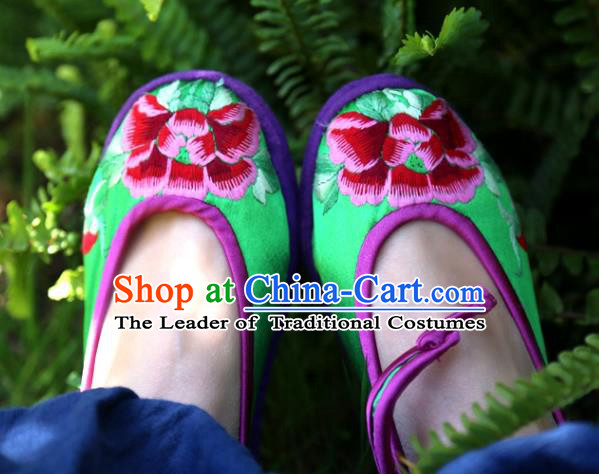 Traditional Chinese Ancient Princess Shoes Green Cloth Embroidered Shoes, China Handmade Embroidery Peony Hanfu Shoes for Women