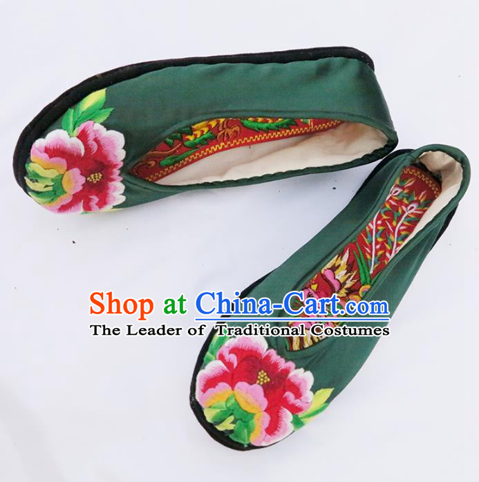 Traditional Chinese Ancient Princess Shoes Deep Green Cloth Embroidered Shoes, China Handmade Embroidery Peony Hanfu Shoes for Women