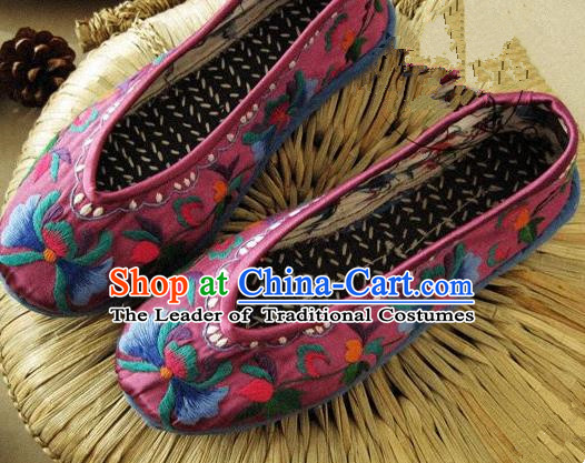 Traditional Chinese Ancient Princess Shoes Purple Cloth Embroidered Shoes, China Handmade Embroidery Peony Hanfu Shoes for Women