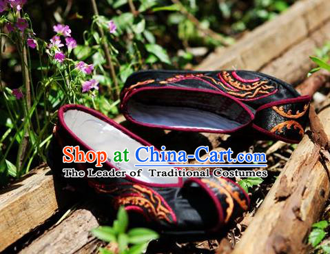 Traditional Chinese Ancient Princess Shoes Black Cloth Embroidered Shoes Become Warped Head Shoe, China Handmade Embroidery Hanfu Shoes for Women
