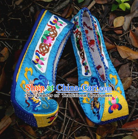 Traditional Chinese Ancient Princess Blue Cloth Shoes Embroidered Shoes, China Handmade Embroidery Peony Hanfu Shoes for Women