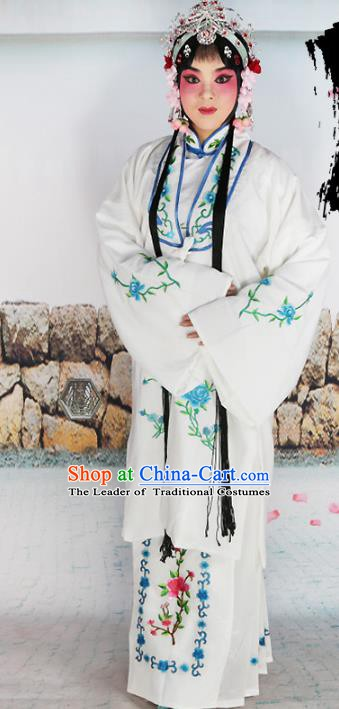 Chinese Beijing Opera Actress Nobility Lady Embroidered White Costume, China Peking Opera Diva Embroidery Clothing