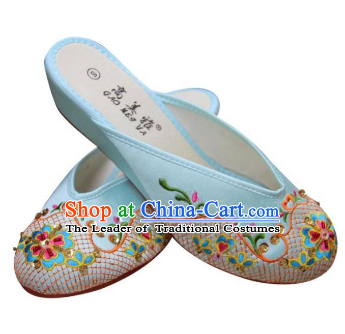 Traditional Chinese National Bride Light Blue Paillette Embroidered Slippers, China Handmade Embroidery Flowers Hanfu Shoes for Women