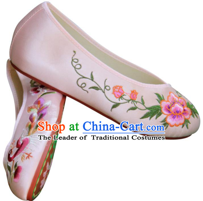 Traditional Chinese National Bride Pink Satin Embroidered Shoes, China Handmade Embroidery Peacock Peony Hanfu Cloth Shoes for Women