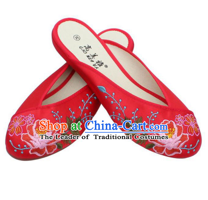 Traditional Chinese National Bride Red Embroidered Slippers, China Handmade Embroidery Flowers Shoes for Women
