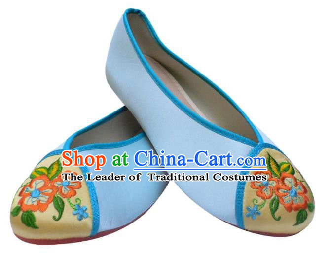Traditional Chinese National Bride Light Blue Embroidered Shoes, China Handmade Embroidery Flowers Hanfu Shoes for Women