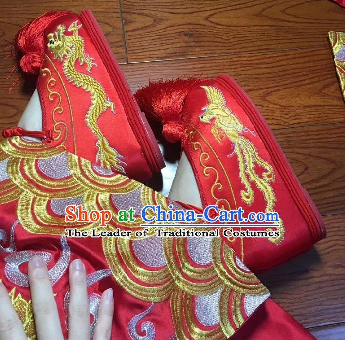 Traditional Chinese Ancient Bride Red Embroidered Shoes, China Handmade Wedding Hanfu Embroidery Dragon and Phoenix Shoes for Women