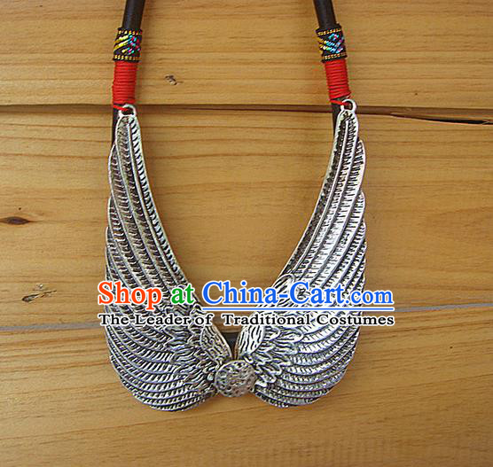 Traditional Chinese Miao Ethnic Minority Necklace, Hmong Handmade Silver Eagle Collar, Miao Ethnic Jewelry Accessories Collarbone Chain Necklace for Women
