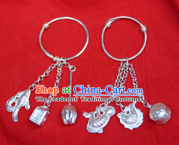 Traditional Chinese Miao Ethnic Minority Miao Silver Baby Bracelet, Hmong Handmade Silver Bells Bracelet Jewelry Accessories for Children