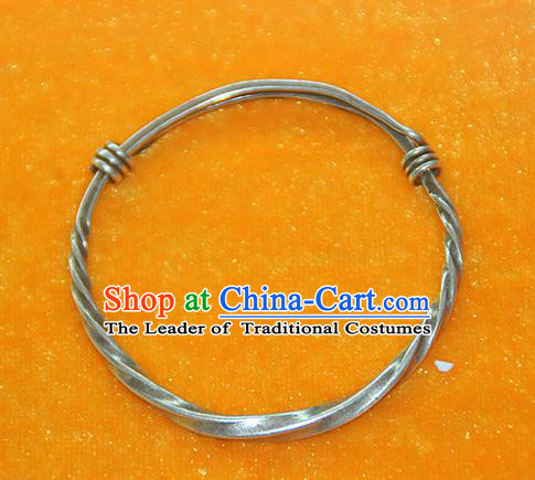 Traditional Chinese Miao Ethnic Minority Pure Silver Bracelet, Hmong Handmade Bracelet Jewelry Accessories for Women