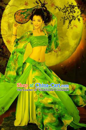 Traditional Ancient Chinese Flying Imperial Consort Costume, Chinese Tang Dynasty Flying Lady Dress, Cosplay Chinese Fairy Imperial Concubine Green Clothing Hanfu for Women