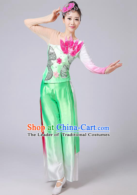 Traditional Chinese Yangge Fan Dancing Costume, Folk Dance Yangko Uniforms, Classic Umbrella Dance Elegant Dress Drum Dance Flowers Green Clothing for Women