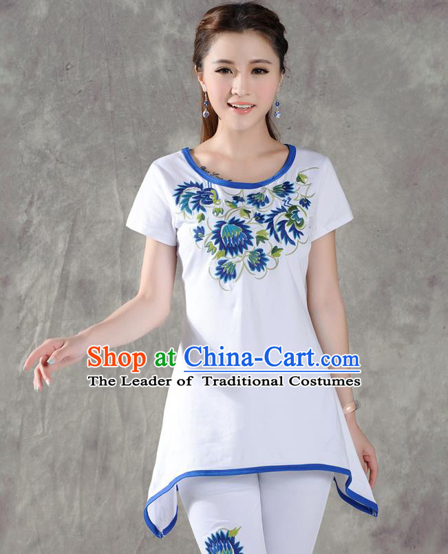 Traditional Ancient Chinese National Costume, Elegant Hanfu T-Shirt, China Tang Suit Round Collar White Embroidered Blouse Cheongsam Upper Outer Garment Clothing for Women