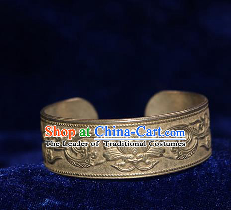 Traditional Chinese Miao Nationality Crafts Jewelry Accessory Bangle, Hmong Handmade Miao Silver Lotus Bracelet, Miao Ethnic Minority Silver Exaggerated Bracelet Accessories for Women