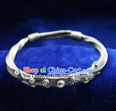 Traditional Chinese Miao Nationality Crafts Jewelry Accessory Bangle, Hmong Handmade Miao Silver Dragon Bracelet, Miao Ethnic Minority Silver Bracelet Accessories for Women