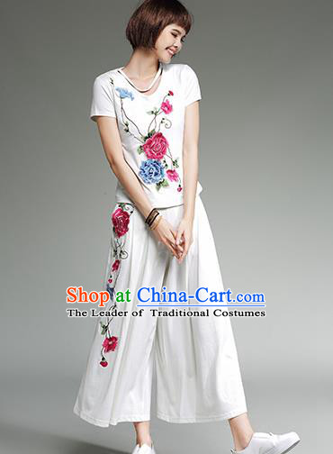 Traditional Chinese National Costume Loose Pants, Elegant Hanfu Embroidered White Ultra-Wide-Leg Trousers, China Ethnic Minorities Tang Suit Pantalettes for Women
